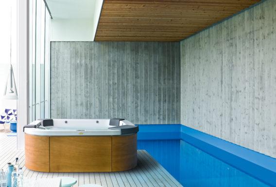 Le design minimaliste du Jacuzzi Delos