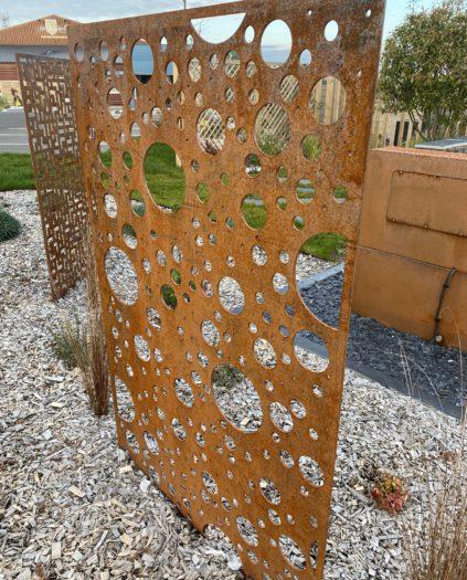 Panneau acier corten décoration de jardin