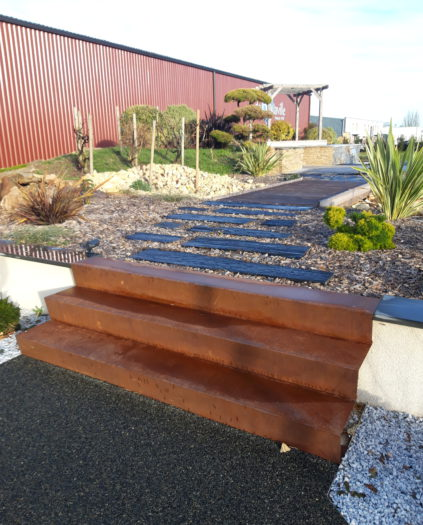 Escalier de jardin en acier corten