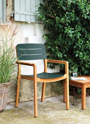 Chaise de jardin rétro